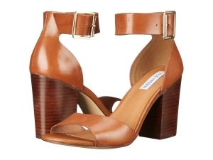 https://www.dsw.com/en/us/product/steve-madden-estoria-sandal/395399?activeColor=203